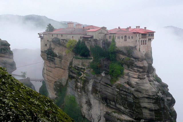 Varlaam monastery Meteora, Place to see in Greece, Visit Greece, Visit Meteora, Meteora travel guide