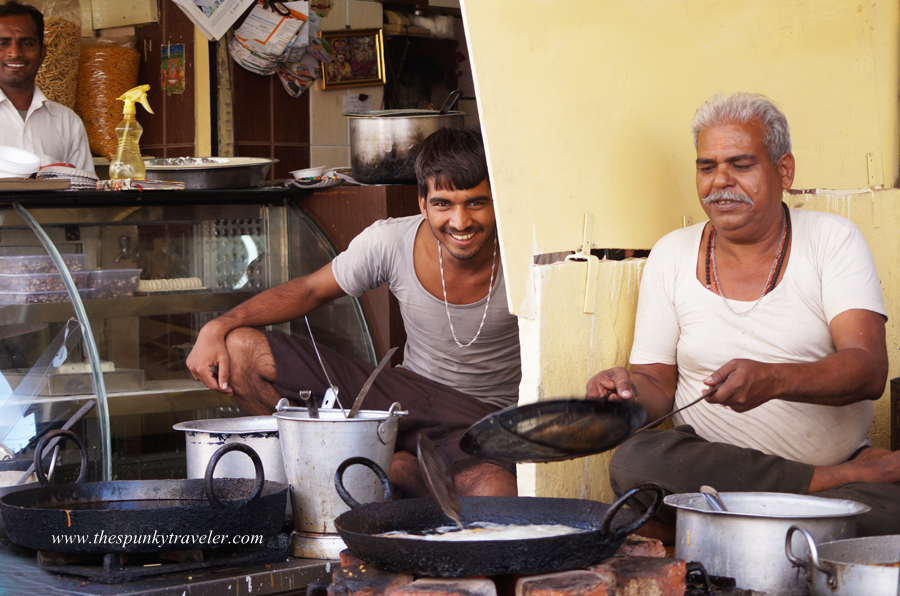 Traditional Breakfast Joints in Pushkar